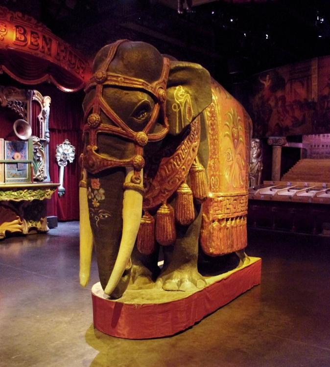Elephant du Théâtre du Merveilleux