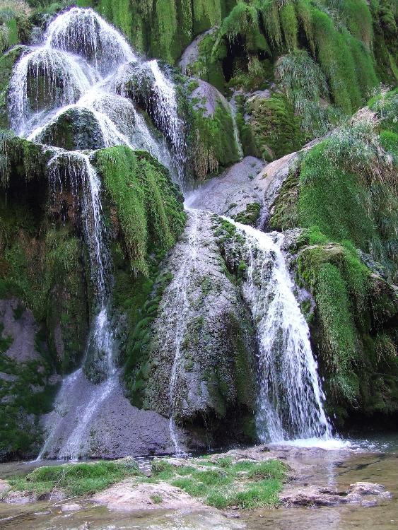 Cinq randonn es d 39 exception dans les massifs montagneux de - Office du tourisme baume les messieurs ...