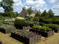 jardin-medieval-c-herve-guillaume