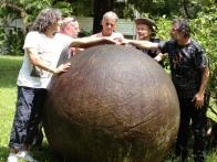 spheres-costa-rica-diquis-petroglifos-finca-victoria-osa