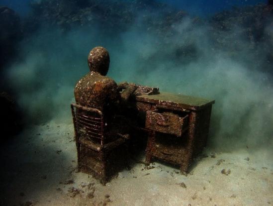 Underwater scupture