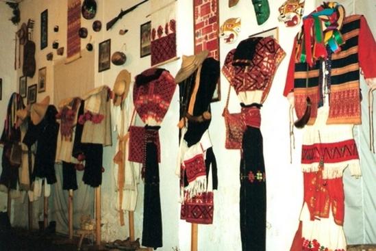 Musée des costumes régionaux au Mexique