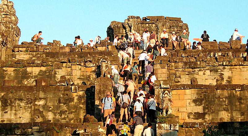 Tourisme de Masse à Angkor, Cambodge