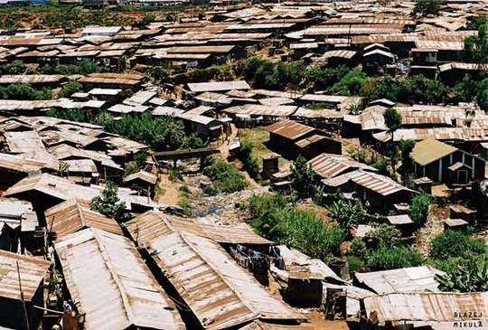 Kibera, bidonville de Nairobi