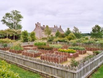 En Côtes d'Armor, les jardins médiévaux et le parc du château de la Roche-Jagu