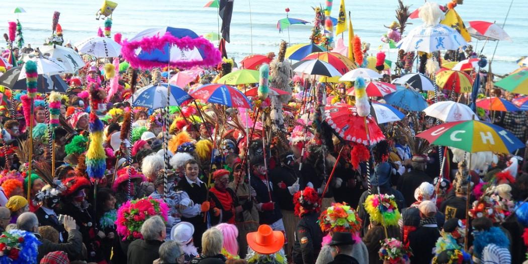 [Image: premieres-lignes-carnaval-dunkerque-malo-1050x525.jpg]