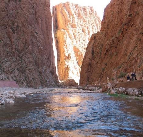 L'oued Todgha traversant les gorges