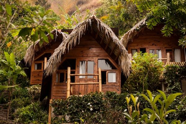 http://www.voyageurs-du-net.com/wp-content/uploads/2013/04/isla-verde-atitlan-hotel_daniel-lopez-perez-30.jpg