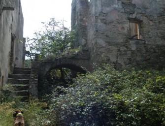 Corse insolite : à la découverte des villages fantômes de l'île de Beauté