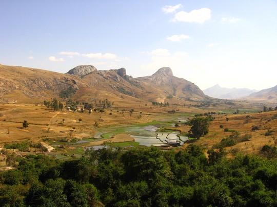 eco-tourisme-madagascar-nature-rizieres.jpg