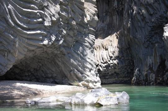 Les orgues basaltiques des gorges d'Alcantara