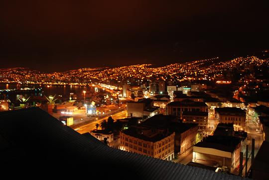 Vue nocturne de Valpo