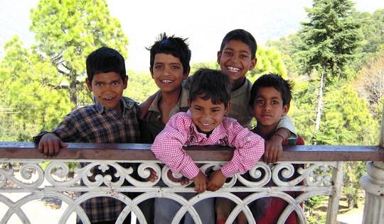 Enfants des rues de Katmandou