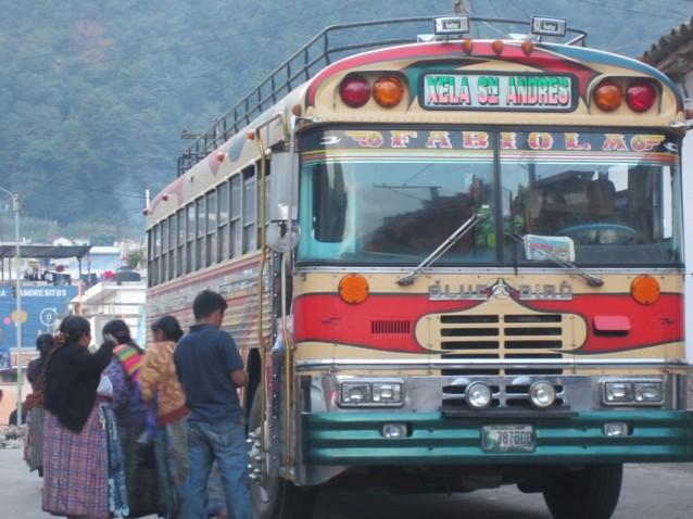 xela-quetzaltenango-bus-guatemala-2