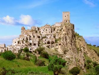 Craco : un village fantôme médiéval sous le soleil d'Italie