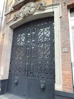 Porte d'entrée de l'hôtel