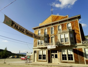 Dans le Far West du Canada, des villes fantômes, vestiges de la Ruée vers l'or