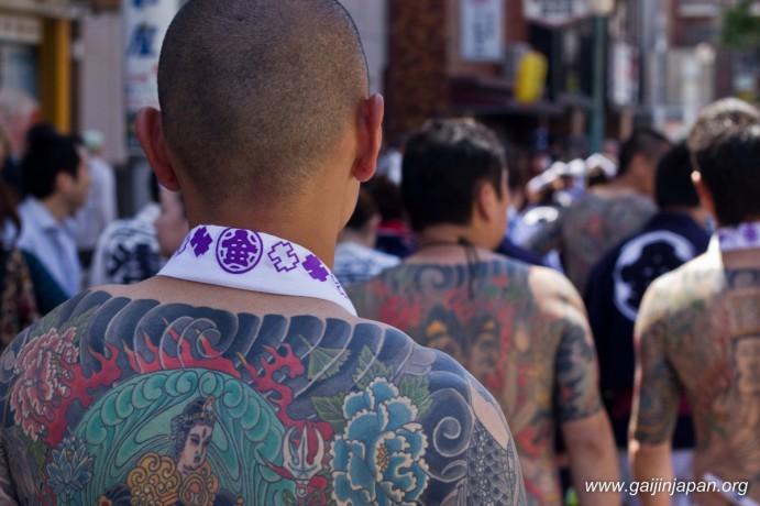 yakuzas-tokyo-festival-sanja-matsuri-01
