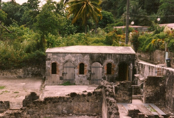 saint-pierre-martinique-RuinesStPierre1902