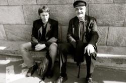 Vincent Liegey et Serge Latouche, à Budapest, en 2013.