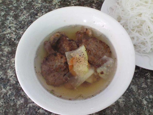 cuisine-vietnamienne-bun-cha
