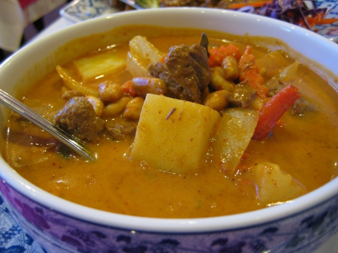 cuisine-thai-massaman kai