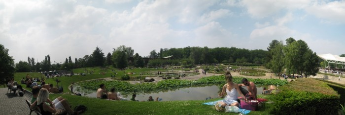 http://www.voyageurs-du-net.com/wp-content/uploads/2015/06/shoko-muraguchi-flickr-pano-parc-floral-700x235.jpg