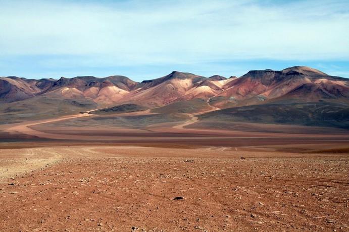 chili-insolite-desert-salvador-dali
