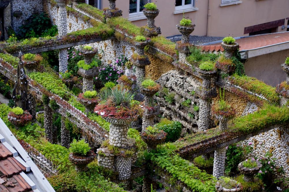 Lyon insolite d couvrir autrement l 39 ancienne capitale for Jardin rosa mir