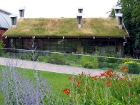 cue-building-with-green-roof-at-the-horniman-museum-london