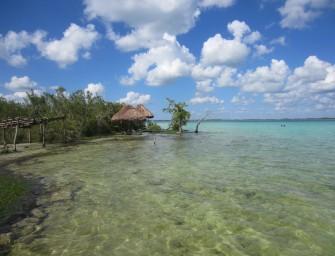 Bacalar : un village magique bordé d'une lagune émeraude