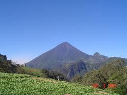 Une matinée entre deux volcans quetzaltèques