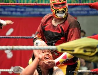Lucha libre de cholitas: à La Paz, on décline le catch… au féminin