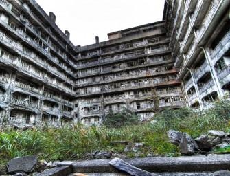 Hashima (ou «Gunkanjima»), une ville fantôme insulaire