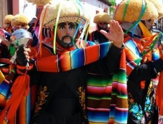 Los Parachicos: une fête syncrétique christiano-maya au Chiapas